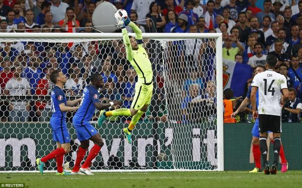 Lloris was amongst those left in North London after an extended season at Euro 2016 (photo: Reuters)