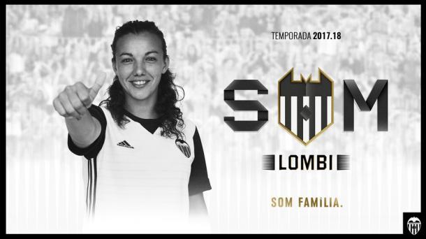 Lombi posa como nueva jugadora valencianista | Fuente: valenciacf.com