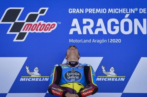 Sam Lowes en el podio del GP de Aragón / Foto: motogp.com