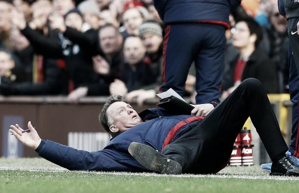 Van Gaal humoured many by jumping to the floor against Arsenal (photo source: Reuters)
