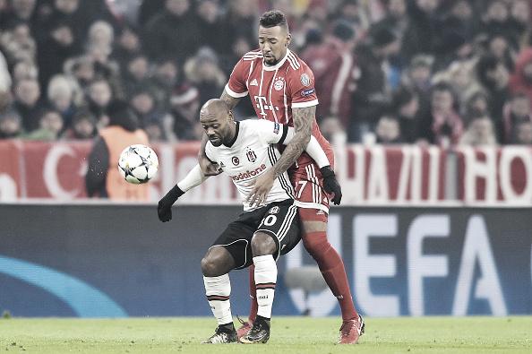 Na Allianz Arena, Love quase marcou golaço contra o Bayern de Munique, mas não evitou a goleada sofrida por 5 a 0. Foto: PressFocus/Getty Images