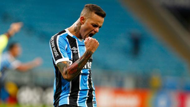 Luan Viera esulta dopo un gol, il suo valore è di 12 milioni