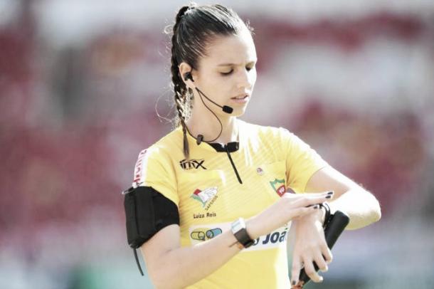 Luiza Reis em jogo pela FGF. Foto: Fernando Gomes/Acervo pessoal