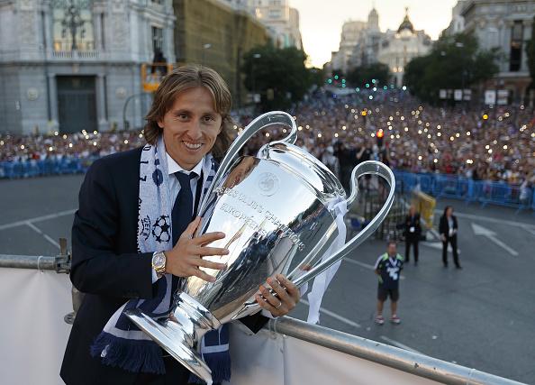 Modric e sua terceira orelhuda pelos merengues | Foto: Angel Martínez/Getty Images
