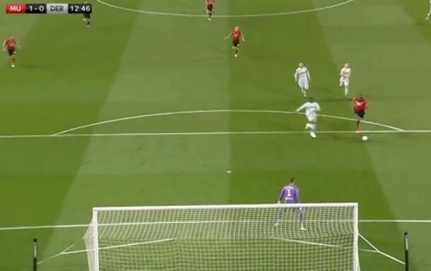Lukaku's missed one-on-one against Derby, a game United lost   Photo: Sky Sports screengrab via Twitter