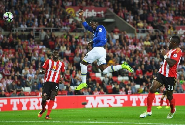 Lukaku saw his first-half header saved by Jordan Pickford. | Image: Getty Images