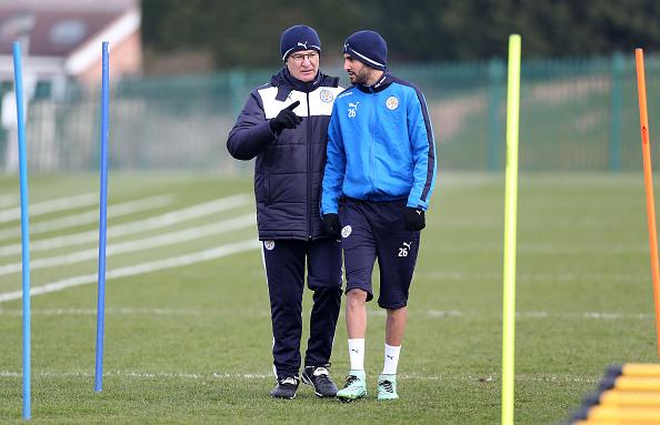 Depois de um ano dos sonhos, Ranieri e Mahrez iniciam mais uma temporada pelos Foxes (Foto: Getty Images)