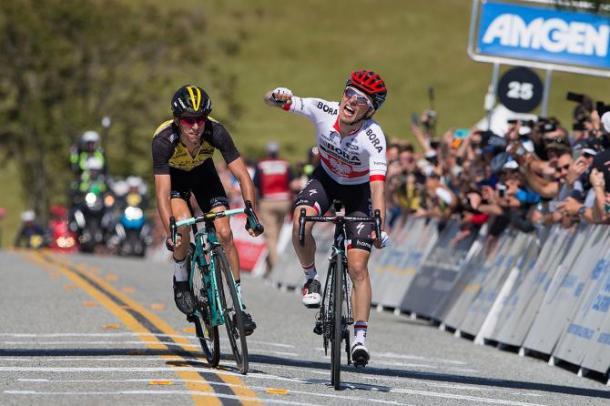 Majka llevándose el triunfo en California   Fuente: Tim de Waele