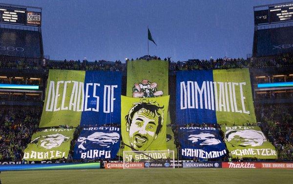 Tifo de los Esmerald City Supporters en un partido ante Portland Timbers // Imagen: makegamedayeveryday.com