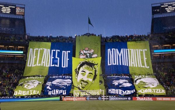 Tifo de los Esmerald City Supporter // Imagen: makegamedayeveryday.com