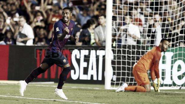 Malcom celebra el penalti que otorgaba la victoria al FC Barcelona / Fuente: FC Barcelona