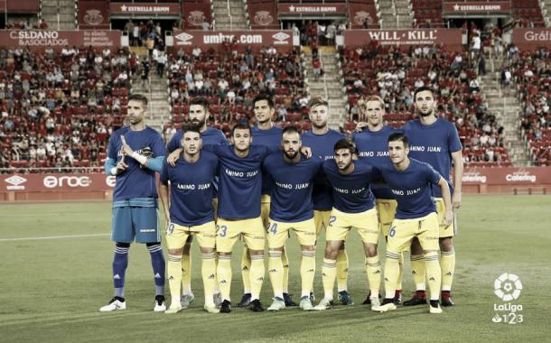Once inicial en el partido ante el Mallorca (1-0). Con Álex y Barco | LaLiga