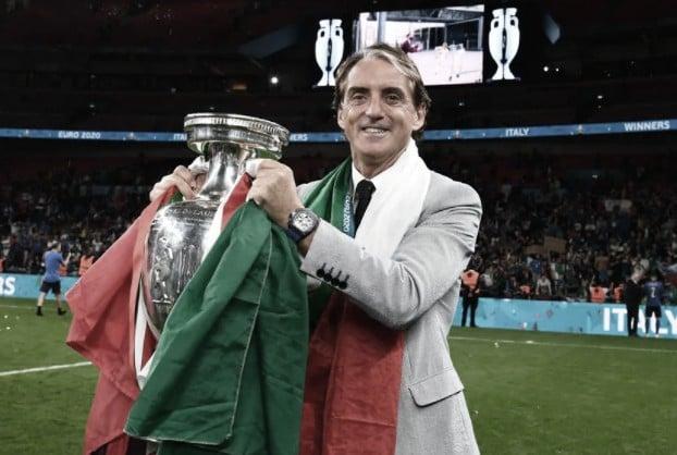 Roberto Mancini alcanzó su primer título como seleccionador   Foto: UEFA