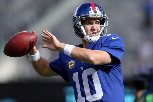 Eli Manning leads New York Giants over Eagles. | Photo: USA Today Sports