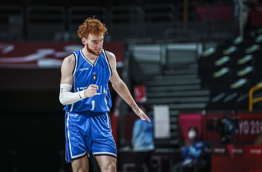 Nico Manionn en el partido vs Alemania / Foto : FIBA