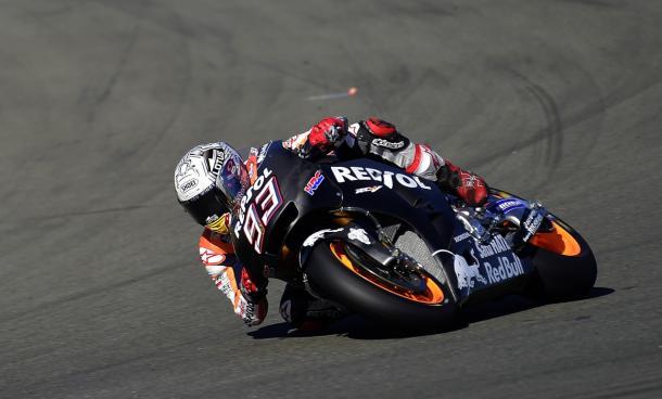 Marc Marquez all'opera sulla Honda 2017 | motoblog.it