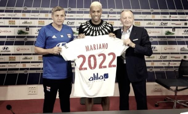 Mariano Díaz, presentado como jugador del Olympique de Lyon | Twitter oficial Olympique de Lyon