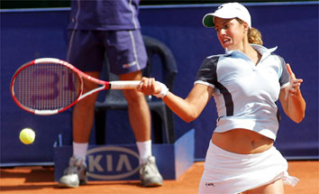 Marta Marrero jugando al tenis | Foto: Marca