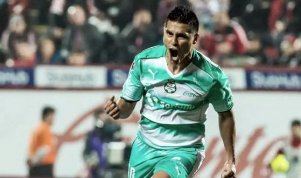 Santos deja los empates; cae en casa contra Veracruz