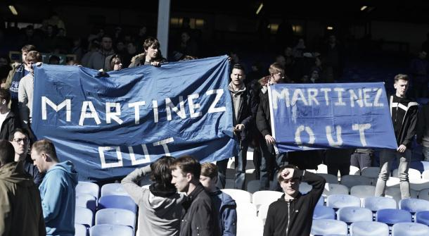 The problems and pressure has been mounting on Martinez included an unpopular fan base. | Photo: Getty Images