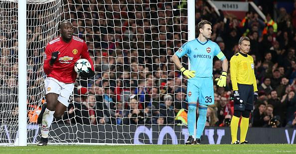 Lukaku comandou início da reação dos ingleses; dois minutos depois, Rashford garantiu o triunfo   Foto: Matthew Peters/Man United via Getty