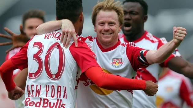McCarty celebra uno de los goles de 0-7 (theguardian.com)