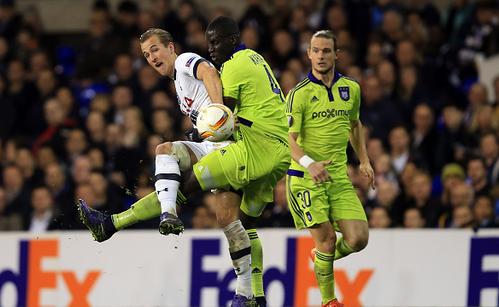 Mbodji in action last season against Tottenham in the UEFA Europa League. | Photo: Getty