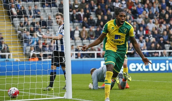 Mbokani celebrates his goal in Norwich's relegation shoot-out with Newcastle | Photo: Lyndsey Parnaby/Getty Images