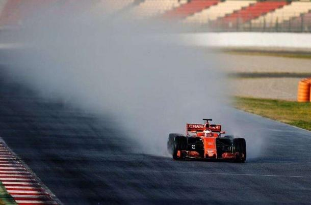 La McLaren durante i test | fonte: derapate.allaguida