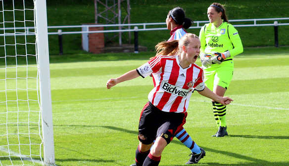 Beth Mead's double helped Sunderland get revenge | Photo: FA