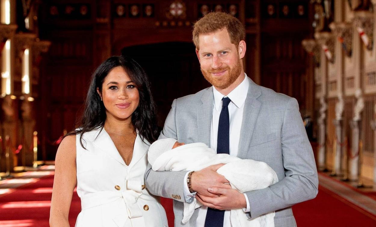 Meghan Marke, el príncipe Harry y su hijo Archie (Agencia EFE)