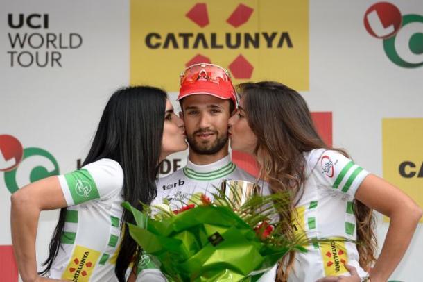 Bouhanni con el maillot de líder | Foto: Getty Images