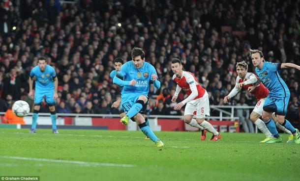 Messi tucks away his penalty (photo: Graham Chadwick)