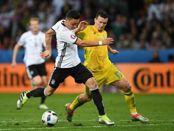 Fedetsky challenged Germany's Mesut Özil whilst playing for Ukraine | Photo: Sportsmole/AFP