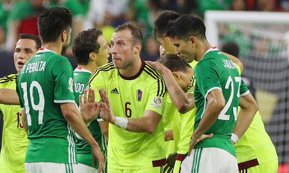 Mexico battled to win their Copa America group, drawing with Venezuela in the last game. | Photo: Scott Halleran/Getty Images