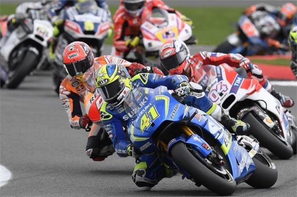 Great performance from Aleix Espargaro despite hand injury - www.suzukiracing.com