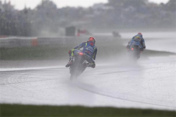 Espargaro slid off in the wet - Suzuki Press Release