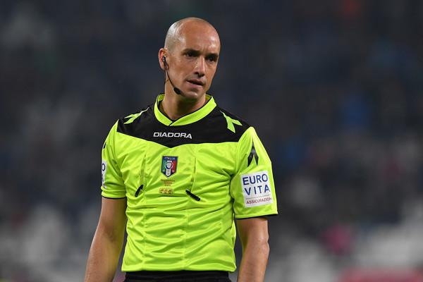 Michael Fabbri suele enseñar muchas tarjetas en sus partidos   Foto: Lega Serie A