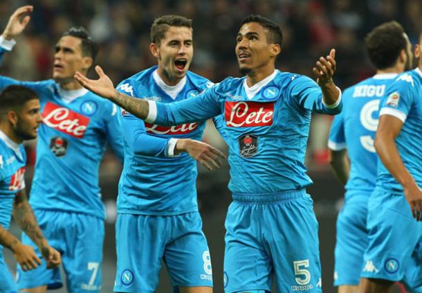Domina il Napoli a San Siro, con Allan che apre le marcature nel primo tempo - Foto Goal.com