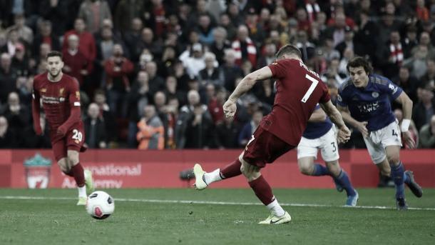 Milner ejecuta a la perfección el penalti./ Foto: Premier League