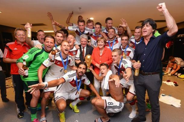 Loew and his team celebrating their World Cup win. | Source: Daily Mail