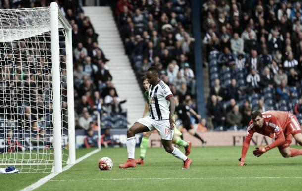 Saido Berahino won the match with a controversial goal. (Photo: Mirror)