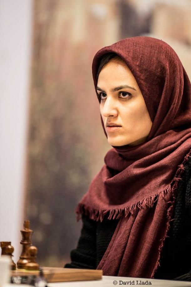 Mitra Hejazipour casi da la sorpresa  | David Llada