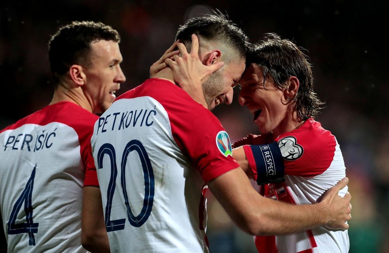 Luka Modrić y Bruno Petković / Foto: Croacia