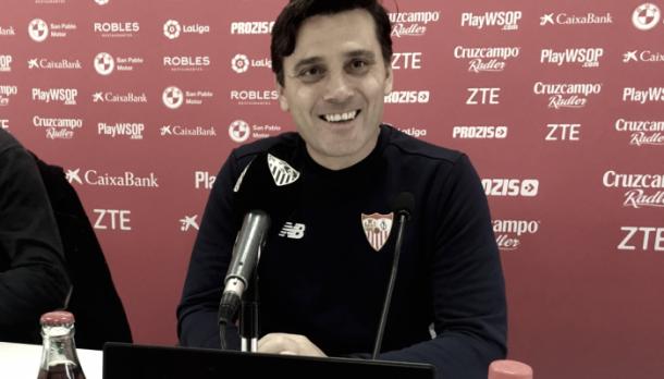 Montella, en una de las ruedas de prensa como técnico sevillista. Foto: Sevilla FC