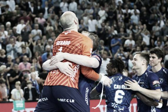 Así festejaban los franceses la clasificación a su primer Final Four   Foto: ehfcl.com