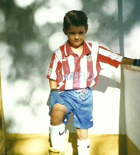 Álvaro Morata de pequeño vestido del Atleti. | Fuente: Instagram Oficial
