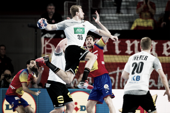 Morros en acción en la victoria frente a Alemania   Foto: cro2018.ehf-euro.com