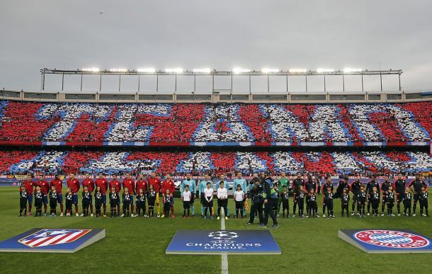 Torcida espanhola já havia feito mosaico na semifinal da temporada passada (Foto: Divulgação/Atletico de Madrid)