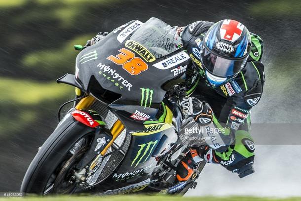Bradley Smith [ENG] of Monster Yamaha Tech 3 during MotoGP free practice 1. | Photo: Asanka Brendon Ratnayake/Anadolu Agency/Getty Images